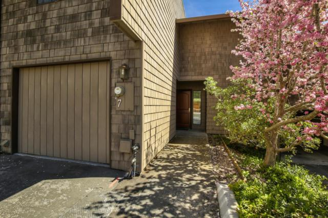 5525 Scotts Valley Dr 7, Scotts Valley, CA 95066 (#ML81747902) :: The Realty Society