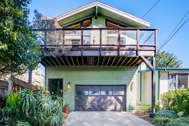 615 Kelmore St, Moss Beach, CA 94038 (#ML81748069) :: The Kulda Real Estate Group