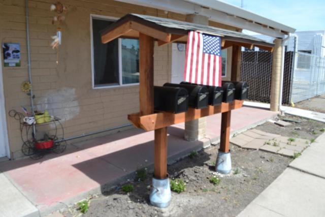 2032 Almond St, Dos Palos, CA 93620 (#ML81748163) :: Julie Davis Sells Homes