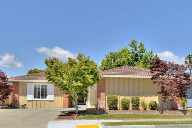 1199 Marlin Ave, Foster City, CA 94404 (#ML81753208) :: The Gilmartin Group