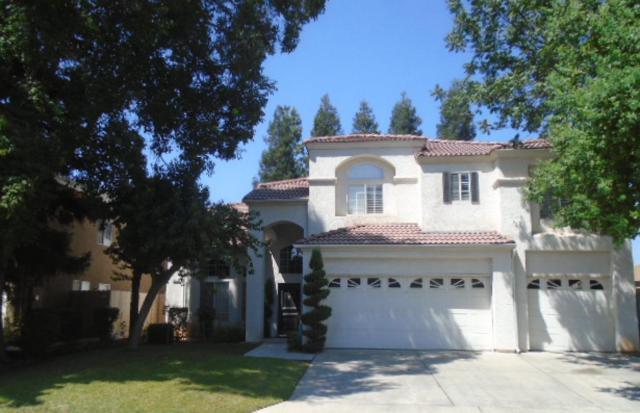 1712 E Utah Ave, Fresno, CA 93720 (#ML81753493) :: Strock Real Estate