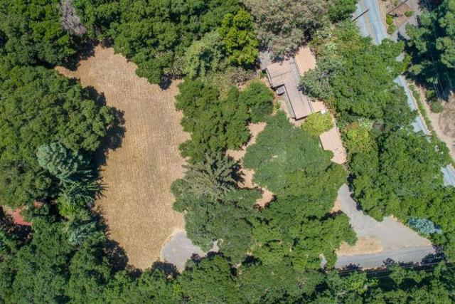 19544 Glen Una Dr, Los Gatos, CA 95030 (#ML81757820) :: Strock Real Estate