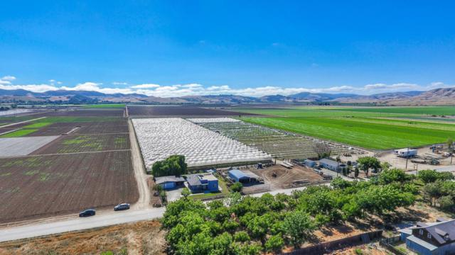 700 Lucy Brown Rd, San Juan Bautista, CA 95045 (#ML81758261) :: The Realty Society