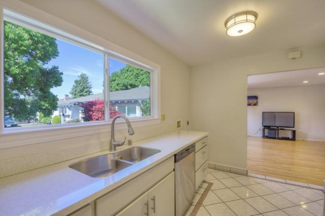 564 Annie Laurie St 11, Mountain View, CA 94043 (#ML81759393) :: The Goss Real Estate Group, Keller Williams Bay Area Estates