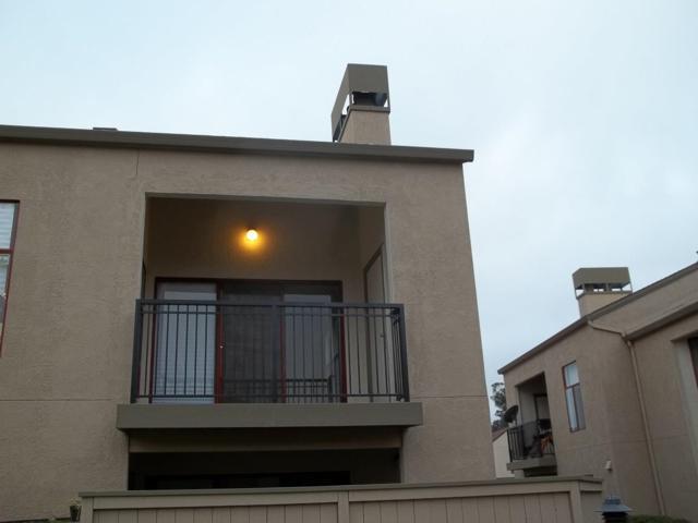 2406 N Main St E, Salinas, CA 93906 (#ML81759422) :: The Gilmartin Group