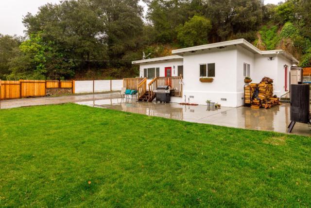 100 Smith Rd, Watsonville, CA 95076 (#ML81759424) :: Strock Real Estate