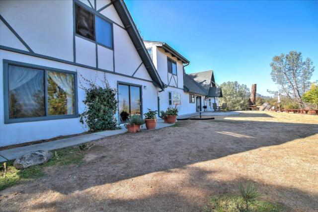 49695 Stillmeadow Ln, OAKHURST, CA 93644 (#ML81760477) :: Strock Real Estate