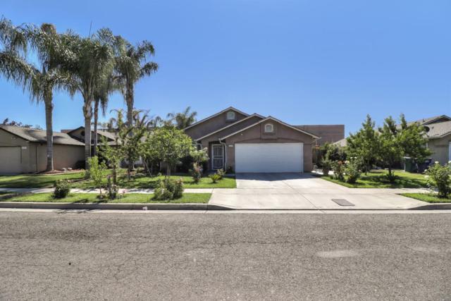 230 Yellowstone St, Tulare, CA 93274 (#ML81763136) :: Strock Real Estate