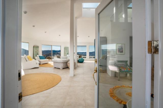 34901 Sky Ranch Estates Rd, Carmel Valley, CA 93924 (#ML81763595) :: Strock Real Estate