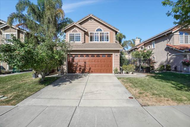 9385 Lariat Dr, Gilroy, CA 95020 (#ML81768249) :: The Realty Society