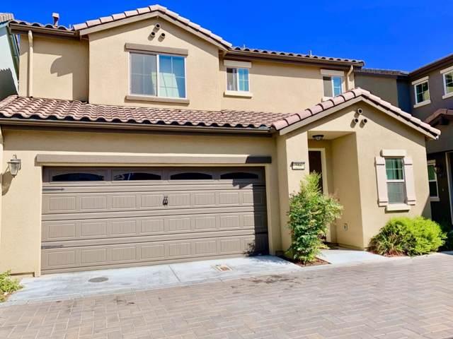 256 Slate Ave, Hollister, CA 95023 (#ML81769296) :: Strock Real Estate