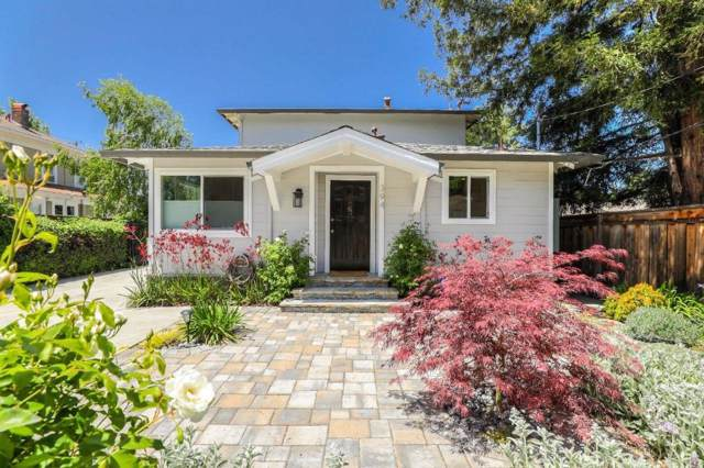 394 Mariposa Ave, Mountain View, CA 94041 (#ML81774409) :: The Realty Society