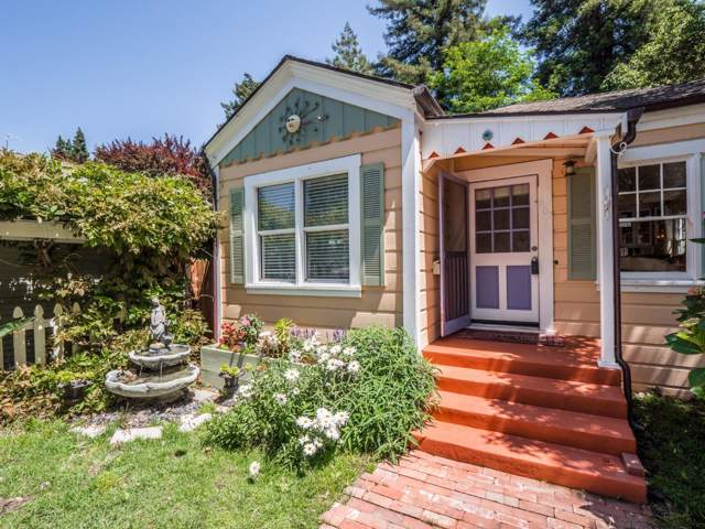 402 Bernal St, Aptos, CA 95003 (#ML81774611) :: Schneider Estates