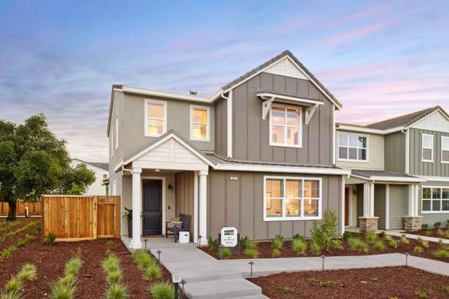 16721 Murphy Ave, Morgan Hill, CA 95037 (#ML81775500) :: The Realty Society