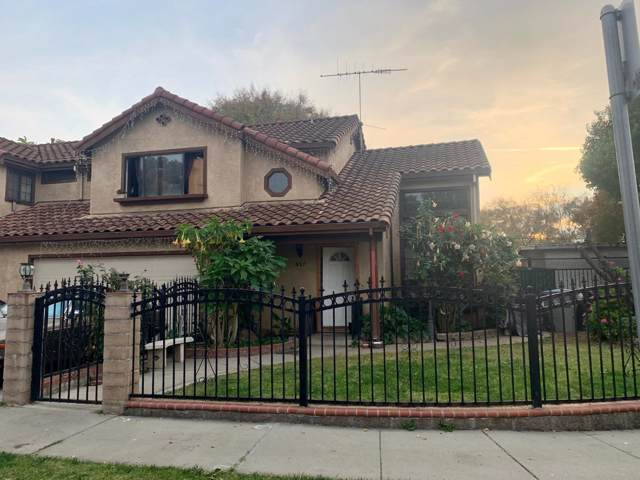 937 Alexis Ct, San Jose, CA 95116 (#ML81775932) :: Intero Real Estate