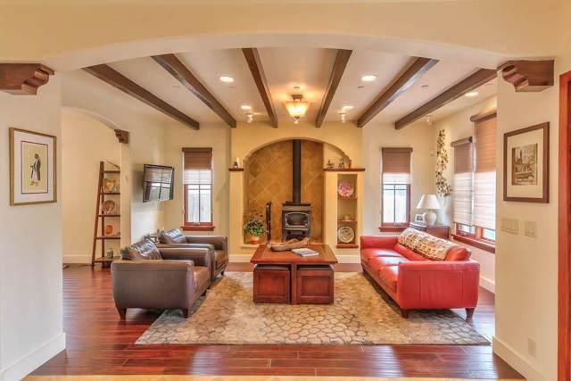 919 Cedar St, Pacific Grove, CA 93950 (#ML81777243) :: Strock Real Estate