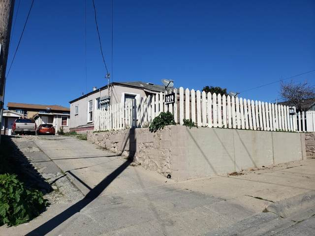 1019 Pacific Ave, Salinas, CA 93905 (#ML81782241) :: RE/MAX Real Estate Services