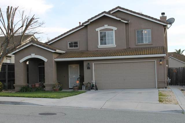 2215 Highland Dr, Hollister, CA 95023 (#ML81782961) :: Live Play Silicon Valley