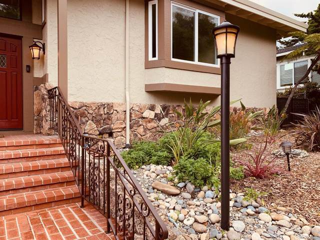 3175 Crystal Heights Dr, Soquel, CA 95073 (#ML81783503) :: Keller Williams - The Rose Group