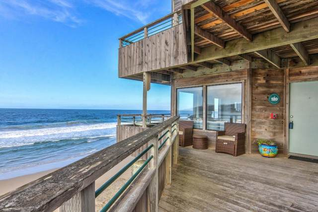 1 Surf Way 120, Monterey, CA 93940 (#ML81784081) :: Real Estate Experts