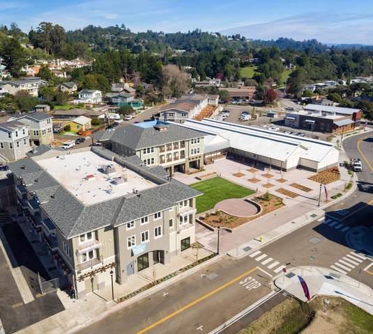 141 Aptos Village 208, Aptos, CA 95003 (#ML81784378) :: Live Play Silicon Valley