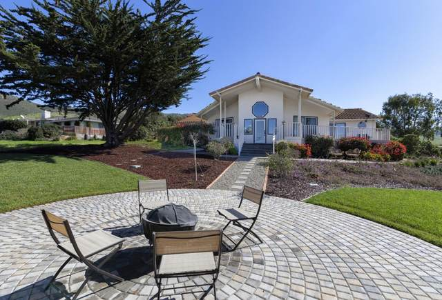 17562 Hillcrest Dr, Salinas, CA 93908 (#ML81786033) :: Real Estate Experts