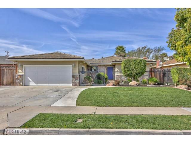 1042 University Ave, Salinas, CA 93901 (#ML81786188) :: The Kulda Real Estate Group