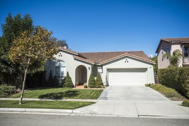 17 Ahwahnee St, San Juan Bautista, CA 95045 (#ML81786342) :: RE/MAX Real Estate Services
