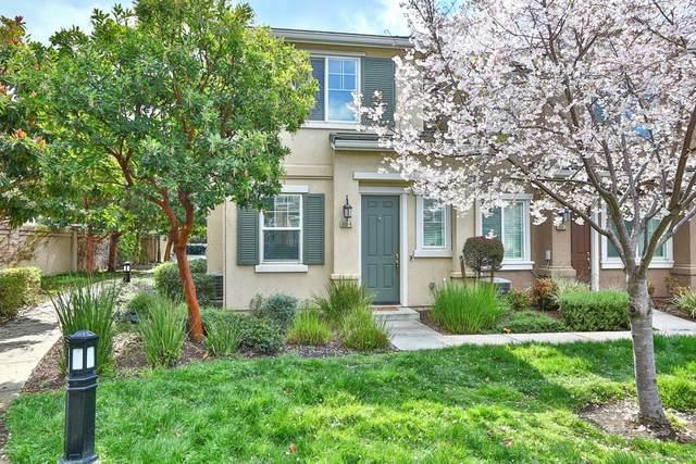 800 Old Oak Ln 4, Hayward, CA 94541 (#ML81787505) :: Real Estate Experts