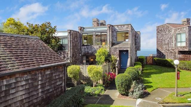 270 Beachview Ave 11, Pacifica, CA 94044 (#ML81787848) :: The Kulda Real Estate Group