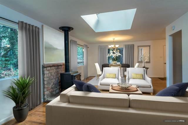 111 Grandview Dr, Woodside, CA 94062 (#ML81788173) :: The Kulda Real Estate Group