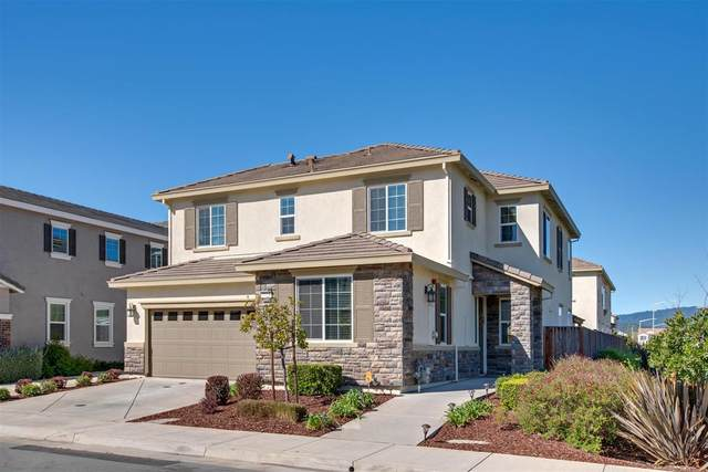 7723 Fennel Pl, Gilroy, CA 95020 (#ML81788535) :: Real Estate Experts