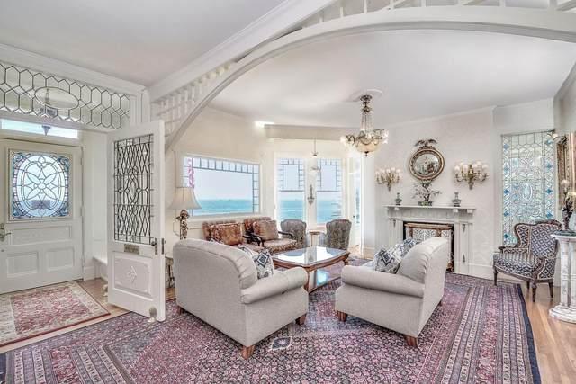 555 Ocean View Blvd, Pacific Grove, CA 93950 (#ML81792355) :: Strock Real Estate