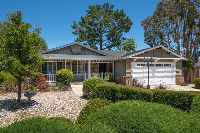 927 Castle Hill Rd, Redwood City, CA 94061 (#ML81794322) :: The Kulda Real Estate Group
