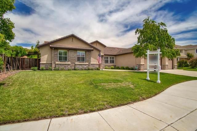 941 Stone Bridge Trl, Hollister, CA 95023 (#ML81795063) :: Strock Real Estate