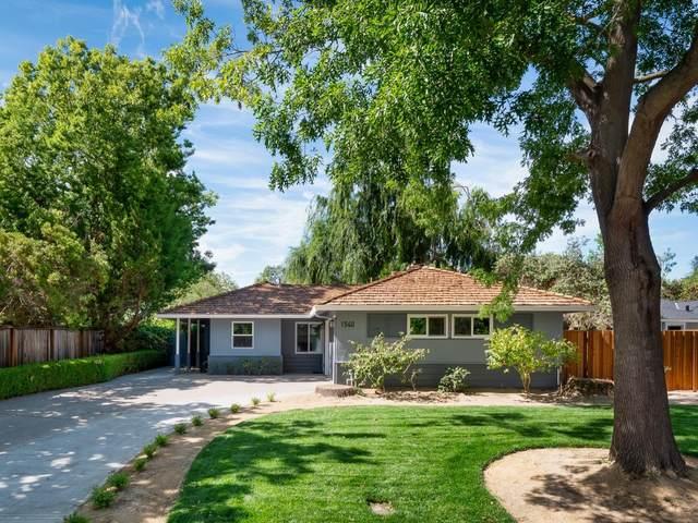1540 Walnut Dr, Palo Alto, CA 94303 (#ML81796455) :: Alex Brant Properties