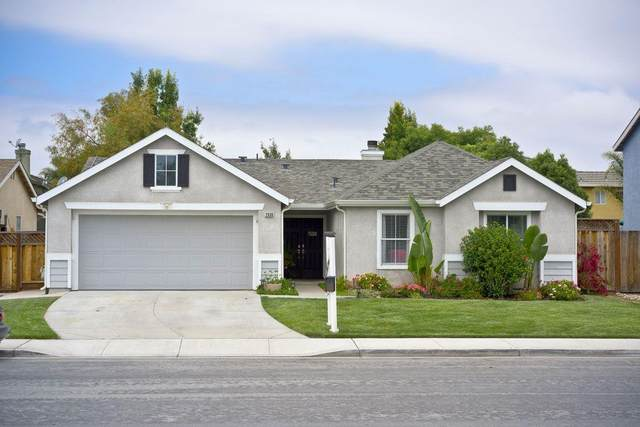 2030 Carousel Dr, Hollister, CA 95023 (#ML81796599) :: Alex Brant Properties