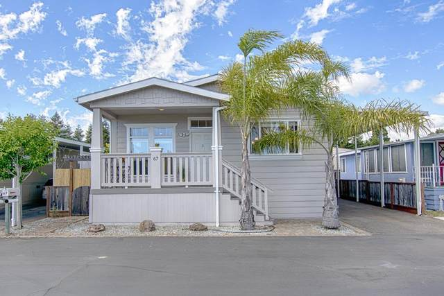 4425 Clares St 67, Capitola, CA 95010 (#ML81796676) :: Strock Real Estate