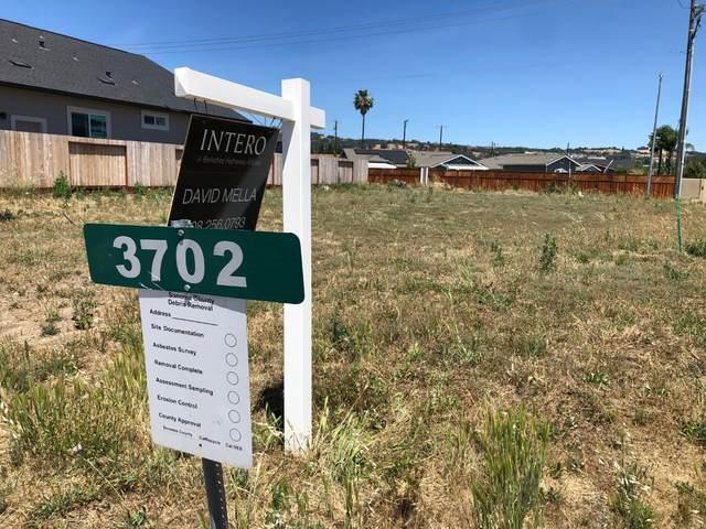 3702 Hillary Ct, Santa Rosa, CA 95403 (#ML81797530) :: Strock Real Estate