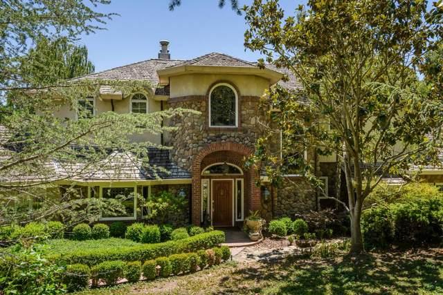 925 Vista Rd, Hillsborough, CA 94010 (#ML81798467) :: The Gilmartin Group