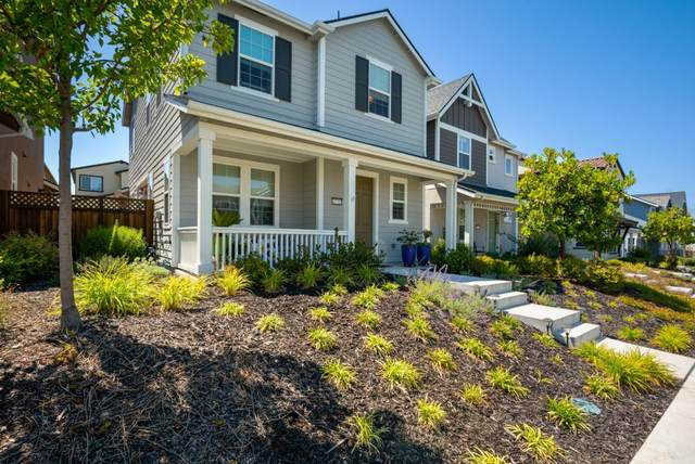 17722 Reynolds St, Marina, CA 93933 (#ML81798764) :: Strock Real Estate