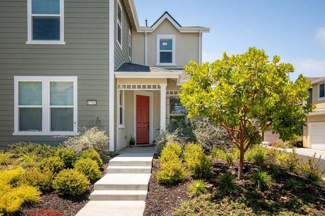 17702 Reynolds St, Marina, CA 93933 (#ML81798802) :: Strock Real Estate