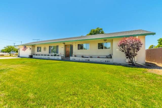 2220 Santa Rosa Dr, Hollister, CA 95023 (#ML81799093) :: Alex Brant Properties
