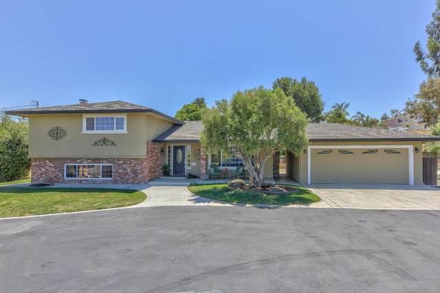 3229 San Juan Hollister Rd, Hollister, CA 95023 (#ML81799131) :: Schneider Estates