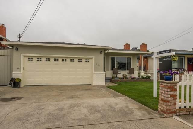 331 Grove St, Half Moon Bay, CA 94019 (#ML81799133) :: Strock Real Estate