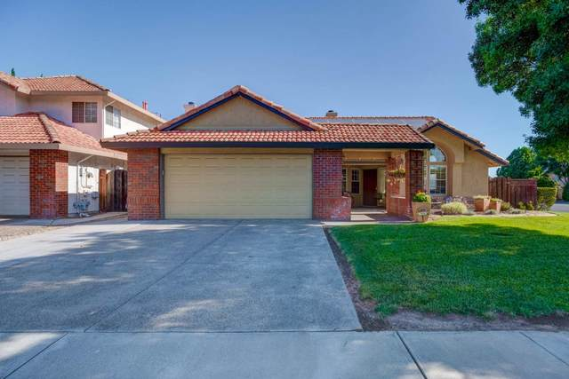 906 Neal St, Los Banos, CA 93635 (#ML81799173) :: The Sean Cooper Real Estate Group