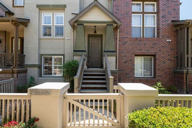 70 Glenmead Ct, Mountain View, CA 94040 (#ML81799184) :: The Realty Society