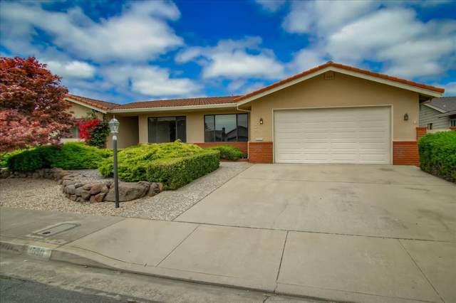 590 Vivienne Dr, Watsonville, CA 95076 (#ML81799658) :: Alex Brant Properties