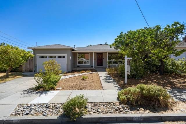 632 Ruby St, Redwood City, CA 94061 (#ML81799791) :: Alex Brant Properties