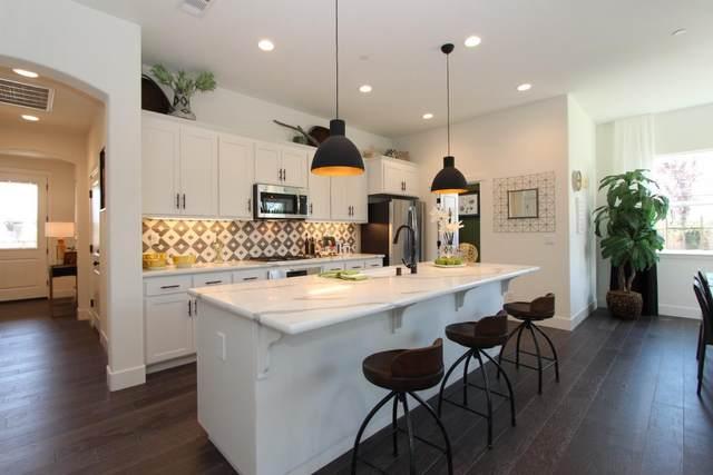 1721 Cobblefield Ln, Los Banos, CA 93635 (#ML81800049) :: The Sean Cooper Real Estate Group